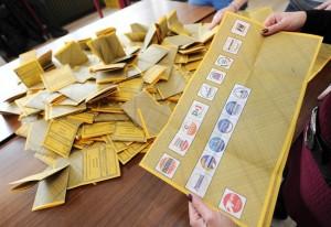 elezioni-politiche-spoglio-schede_650x447
